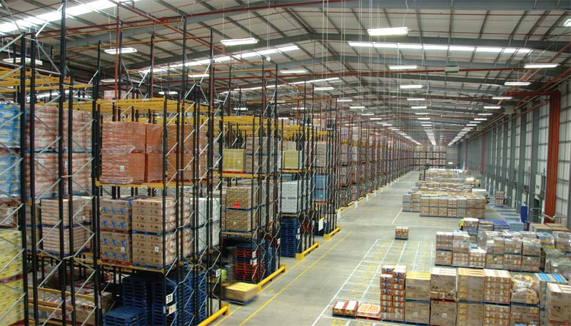 Double Deep Pallet Racking is a popular FILO (first-in, last-out) system