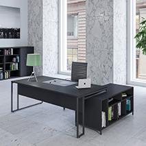 Stricto Executive Desks