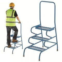 GS Approved Stable Steps - 3 step unit with handrail in use